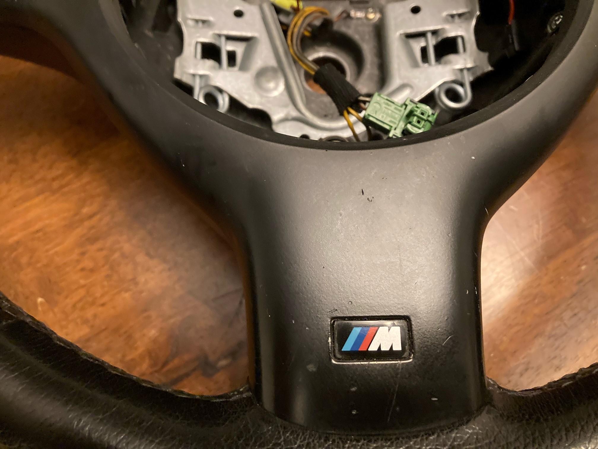Name:  Steering Wheel 2.jpg Views: 110 Size:  582.9 KB
