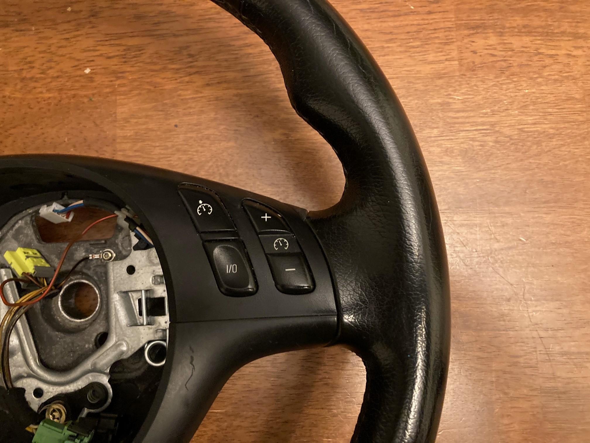 Name:  Steering Wheel 6.jpg Views: 106 Size:  627.4 KB