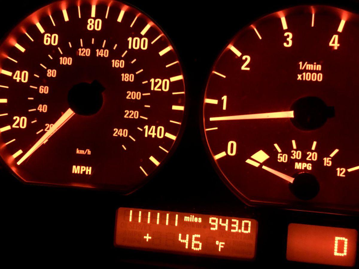 Name:  BMWdash1.jpg Views: 129 Size:  105.6 KB